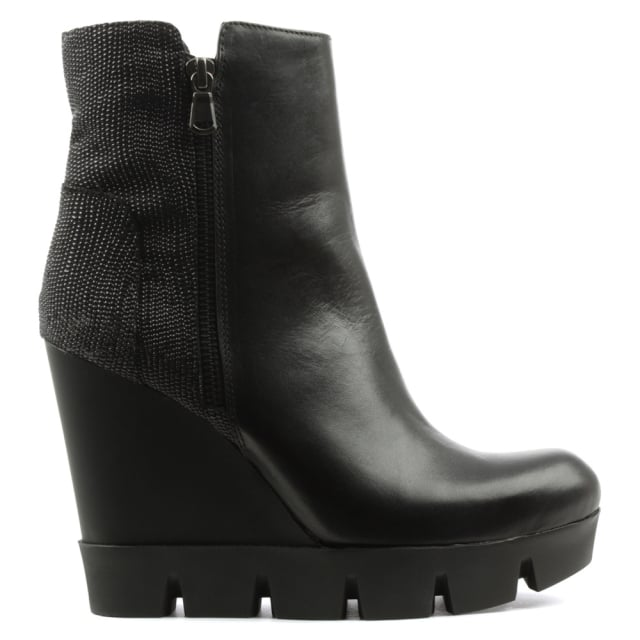 Lea Foscati Black Leather Contrast Cleated Wedge Ankle Boot