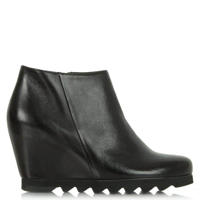 Hogl Georgia Black Leather Cleated Wedge Ankle Boot